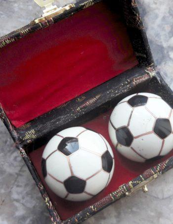 QiGong Chinesische Klangkugeln Fußball schwarz