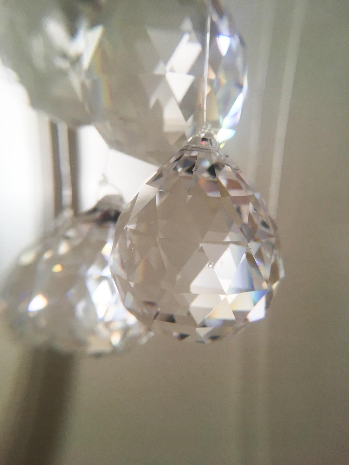 Feng shui regenbogenkristall fenster kristall mojo di meditationen - Feng shui fenster ...